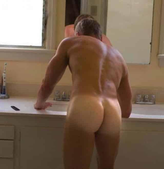 mec homo 57 ans bien foutu pour plan cul entre mecs gays - Mec Homo 57 ans